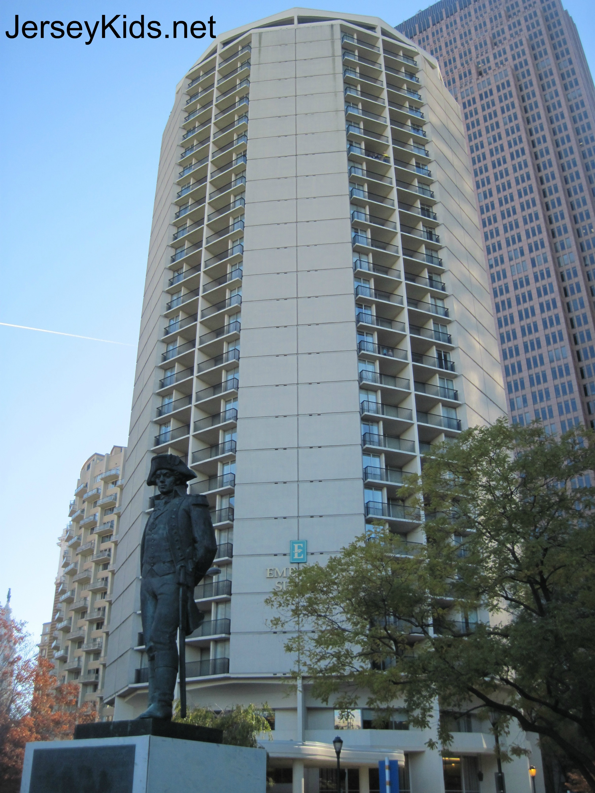 The Hotel Is On Ben Franklin Parkway In Close Walking Distance To Everything We Did Trip It S Insute Kids Hands