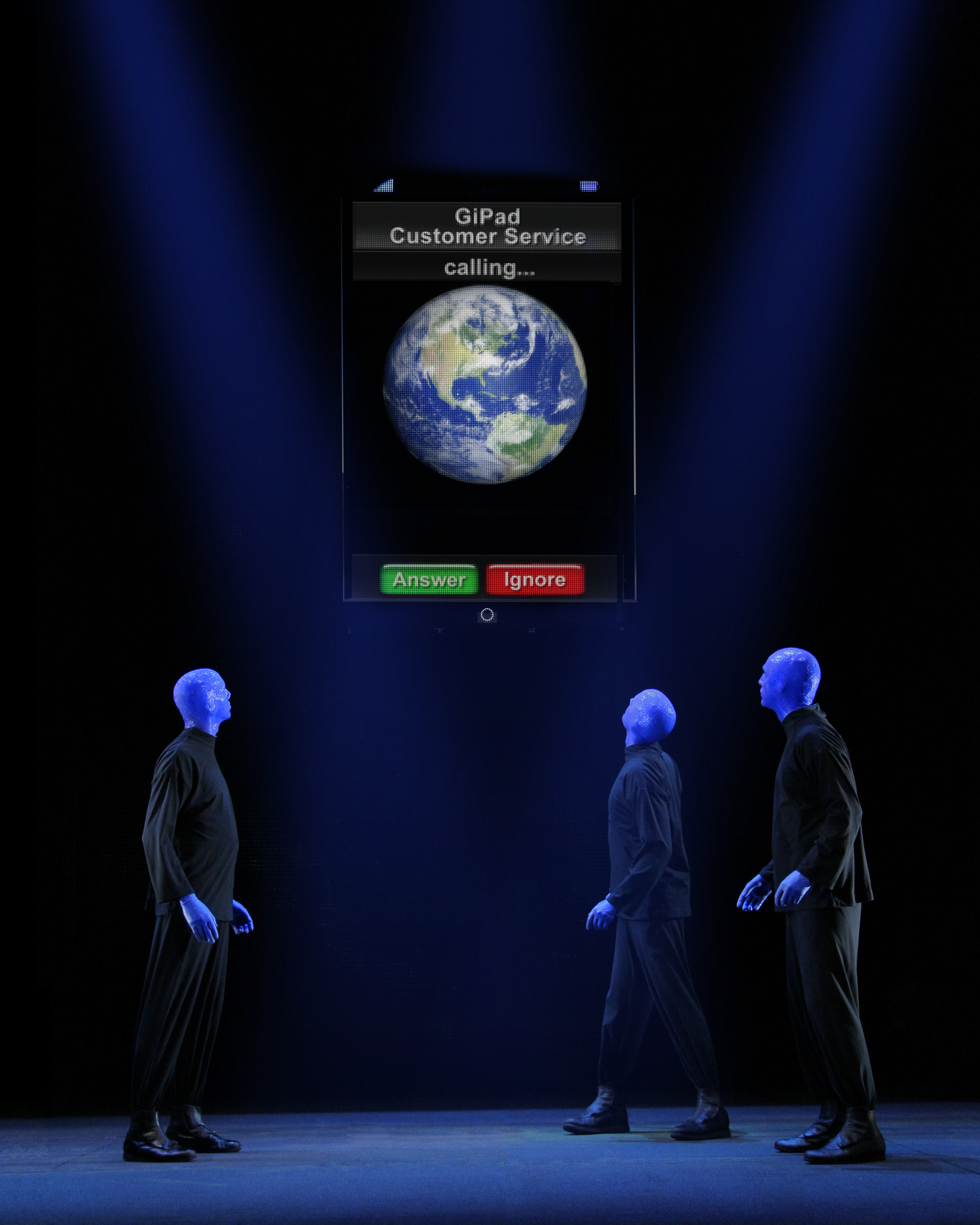 concert paper about blue man group Blue man group is a group of artists originally formed by three friends chris wink, matt goldman and phil stanton in new york city in 1991 who shared a common interest in acting, technology and music.