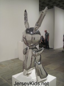 Stainless steel inflatable rabbit
