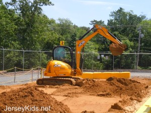 Diggerland has a variety of diggers that kids and adults can operate. This is the big digger.