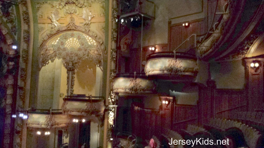 theater12
