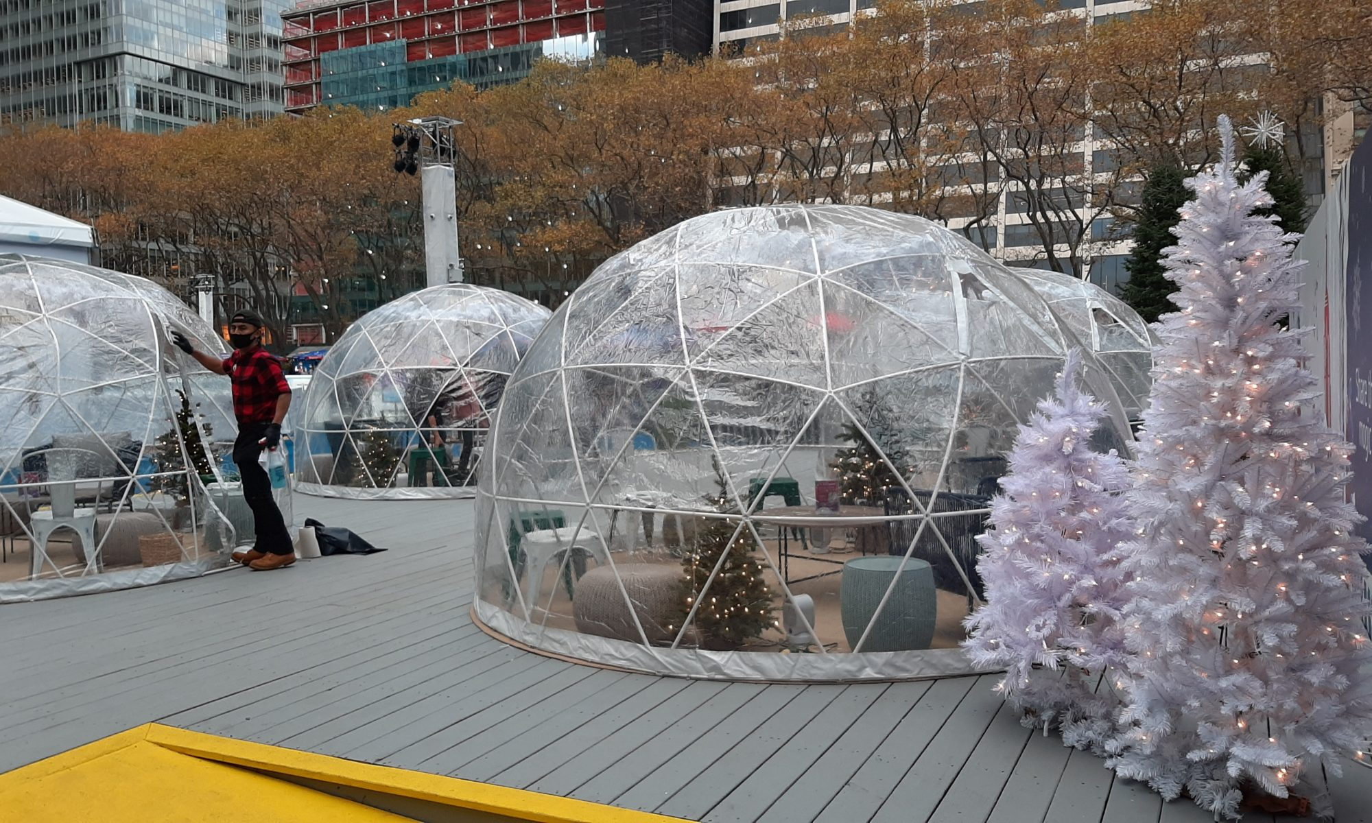 Igloos in NYC because of COVID-19